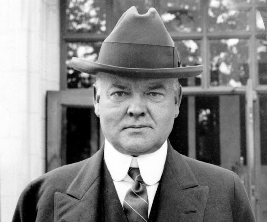 Herbert Hoover Biography - Childhood, Life Achievements & Timeline