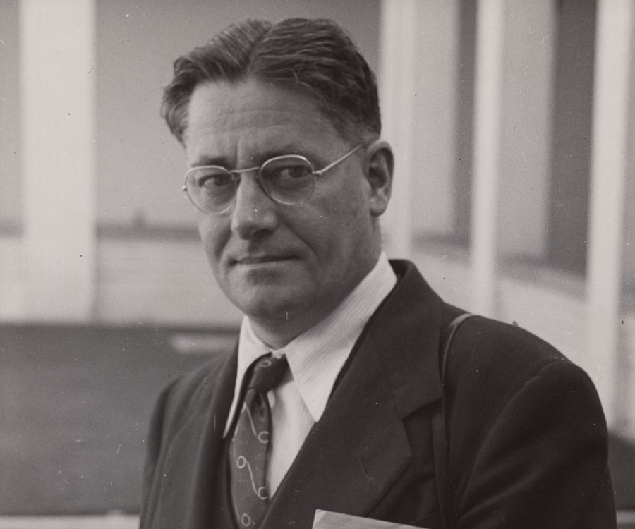 howard florey What would life be without them life would be horrible without howard floreyhis impact on australia and the world was life changinghoward was a hero and without.