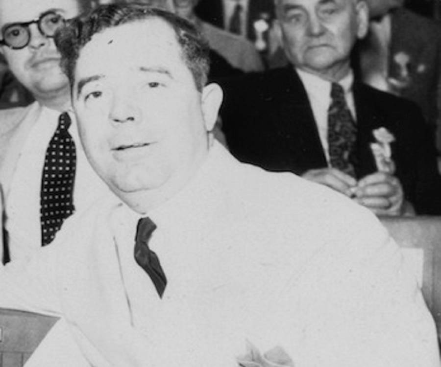 huey pierce long jr an outspoken An outspoken populist, long is best known for his share our wealth program,  and its  full name, huey pierce long, jr  he was the son of huey pierce  long, sr and was the seventh of nine children in a farm-owning middle-class  family.