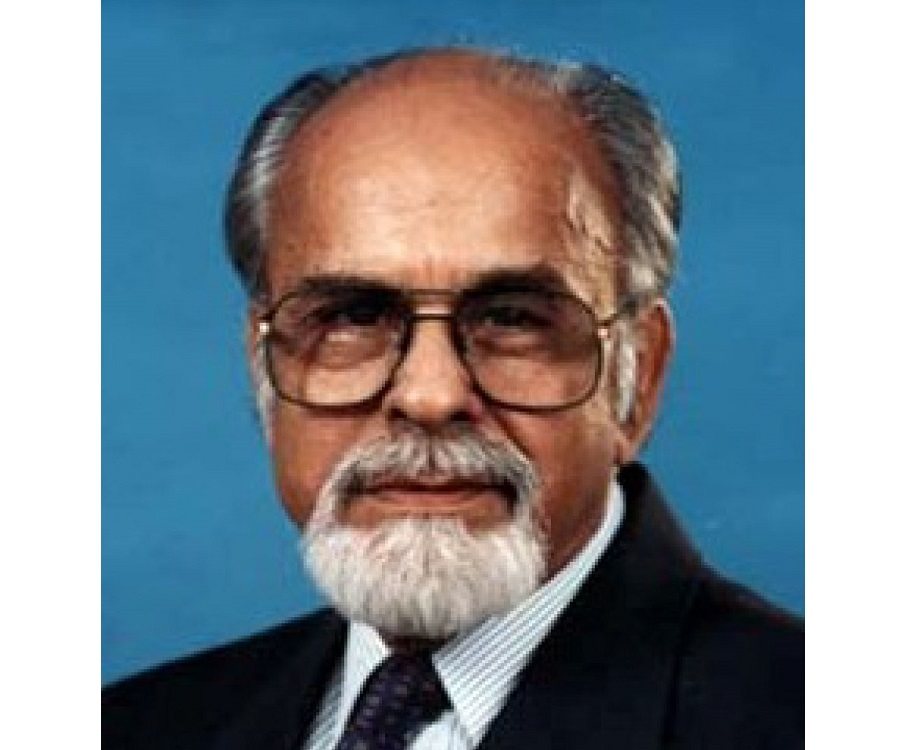 I K Gujral Biography Childhood Life Achievements