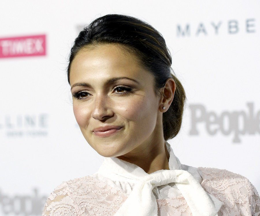 Italia Ricci Bio Facts Family Life Of Canadian Actress