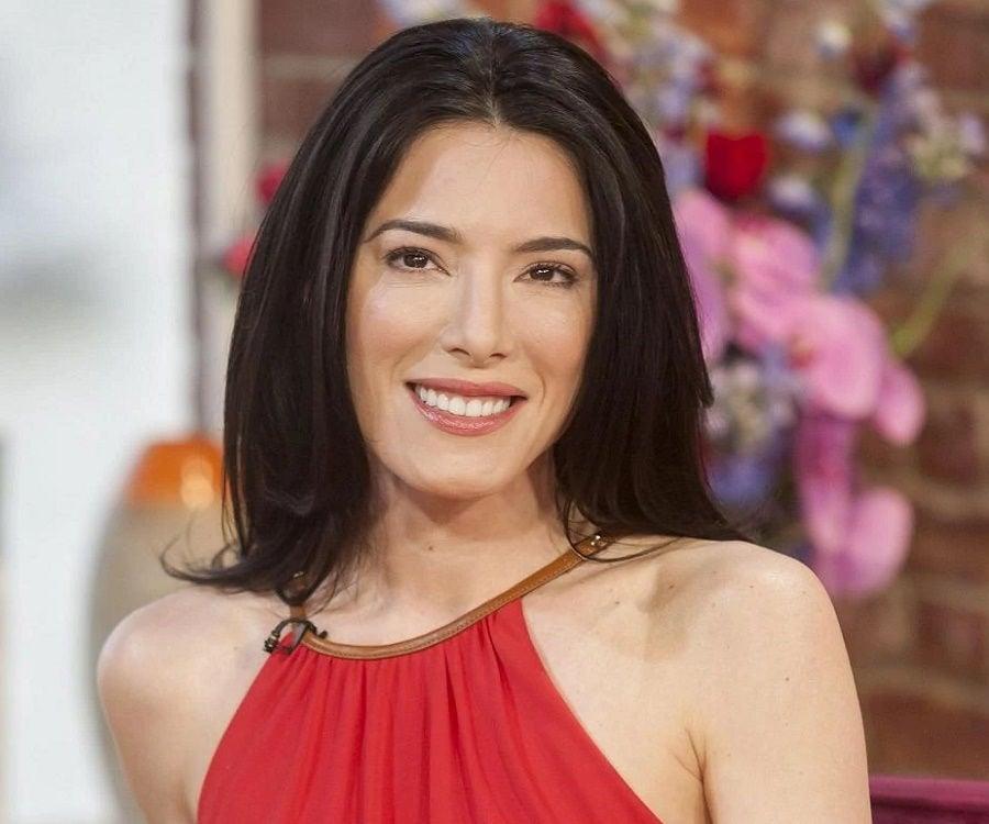 Jaime Murray - Bio, Facts, Family Life of Actress