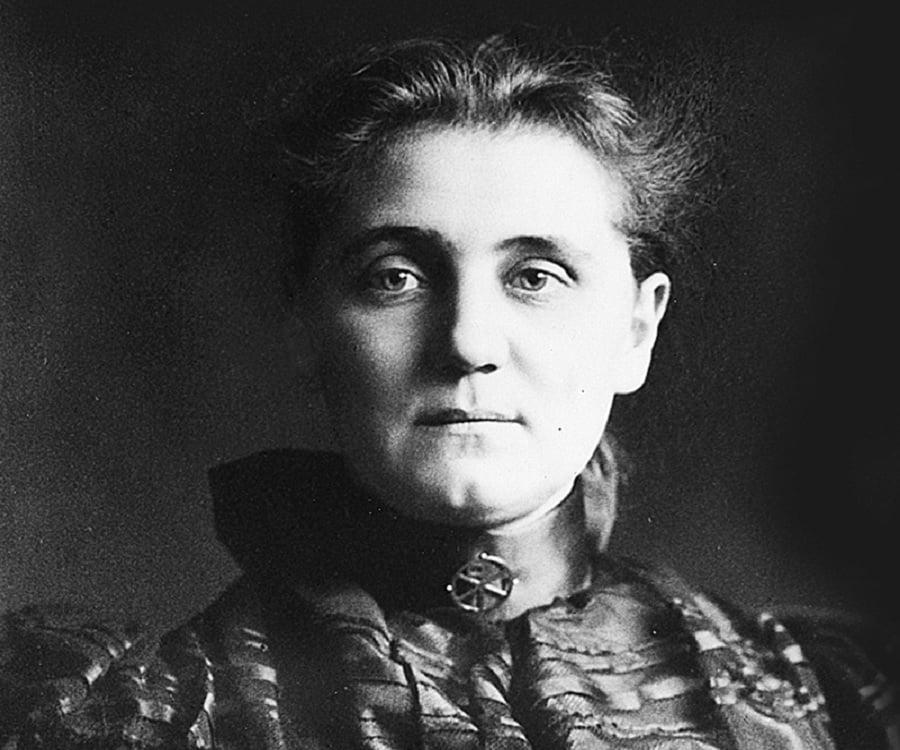 biography of jane addams an activist