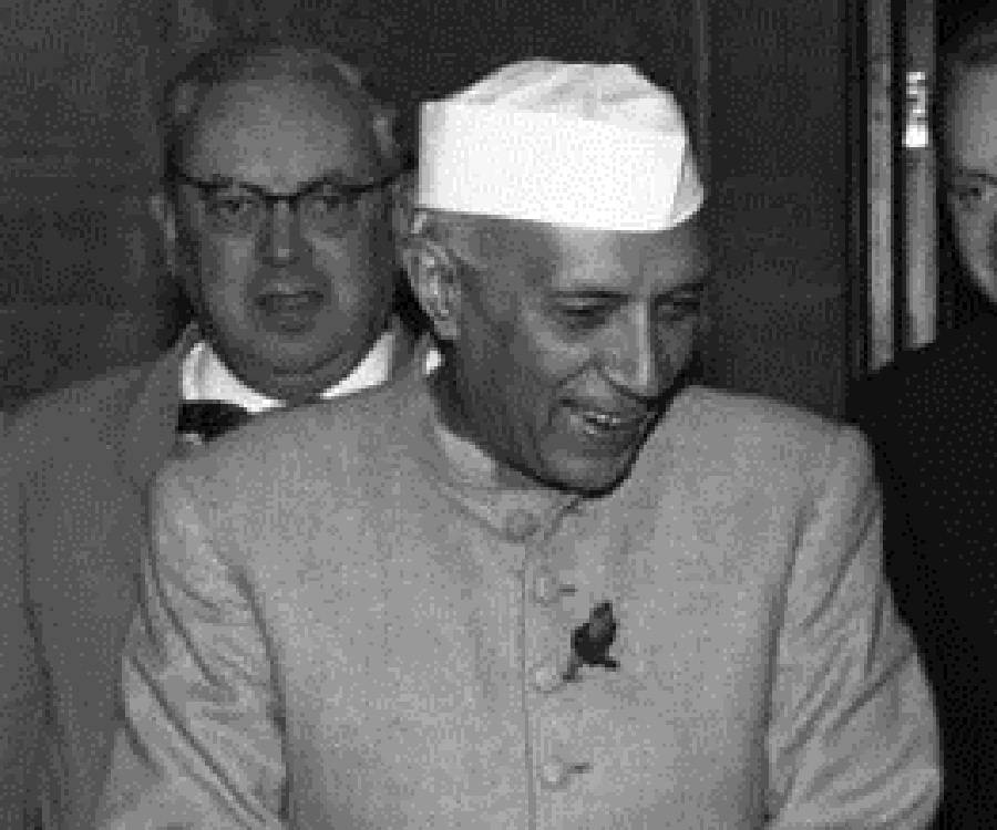 information about pandit jawaharlal nehru Well, we all know pandit jawaharlal nehru as a passionate indian freedom fighter, who later went on to became the first prime minister of india.