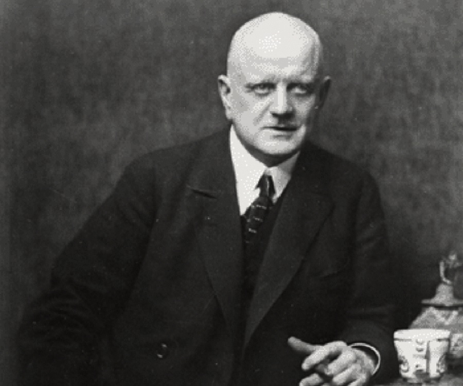 an introduction to the life of jean sibelius Buy jean sibelius (20th century composers) 2008 printing by guy rickards ( isbn:  this is an ideal introduction to the life and work of jean sibelius in 240.