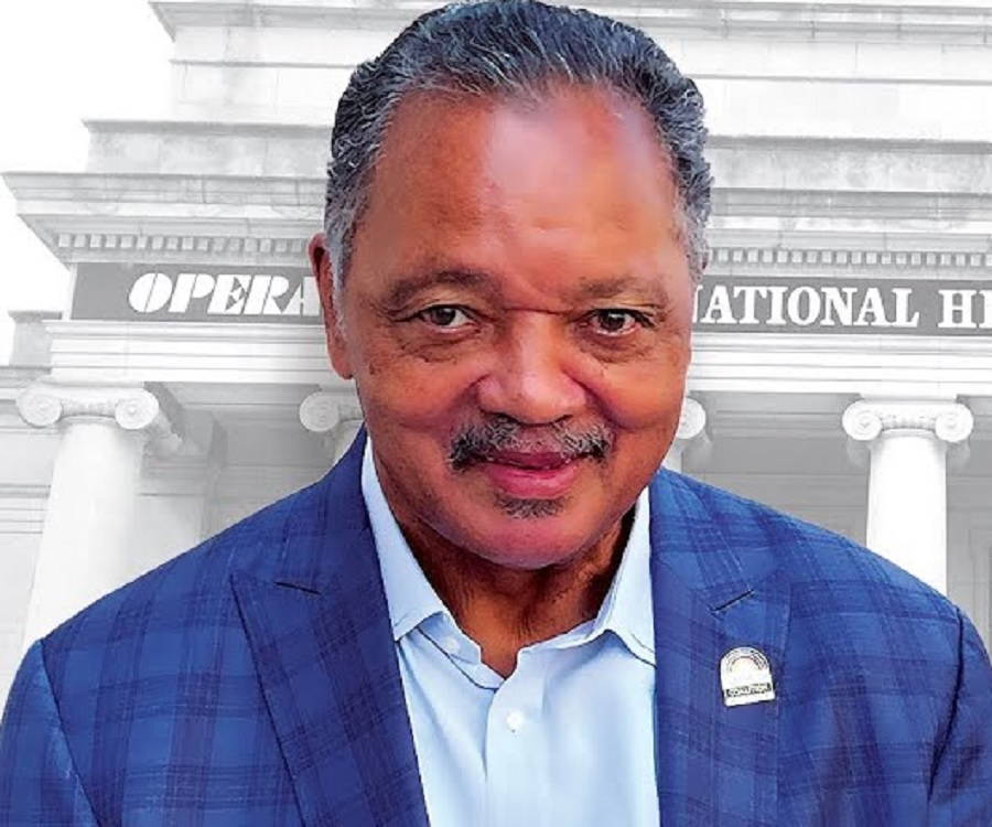 the biography of jesse jackson Born and raised in south carolina, jesse jackson saw the injustice of segregation and began working for dr martin luther king and was part of the march on selma jackson fought for equal rights through his organizations.