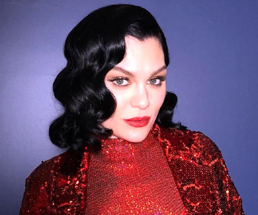 Jessie J Biography Facts Childhood Family Life