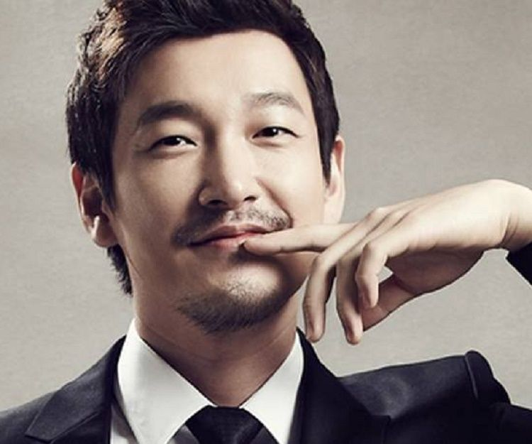 Jo Seung-woo Biography - Facts, Childhood, Family & Achievements of