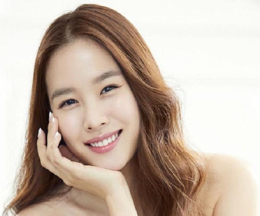 10 Aktris Drama Korea yang Bersinar di Tahun 2015 - Page 2