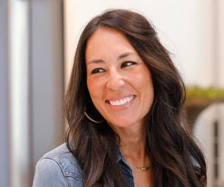 joanna gaines bio facts family life of reality tv. Black Bedroom Furniture Sets. Home Design Ideas