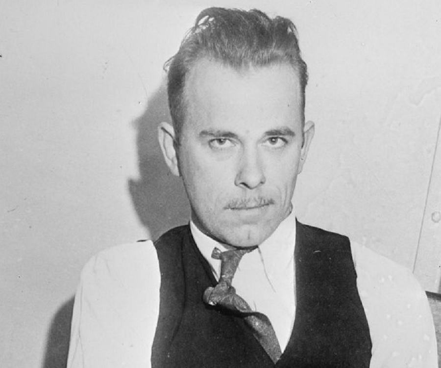 A biography of john dillinger a criminal from the united states