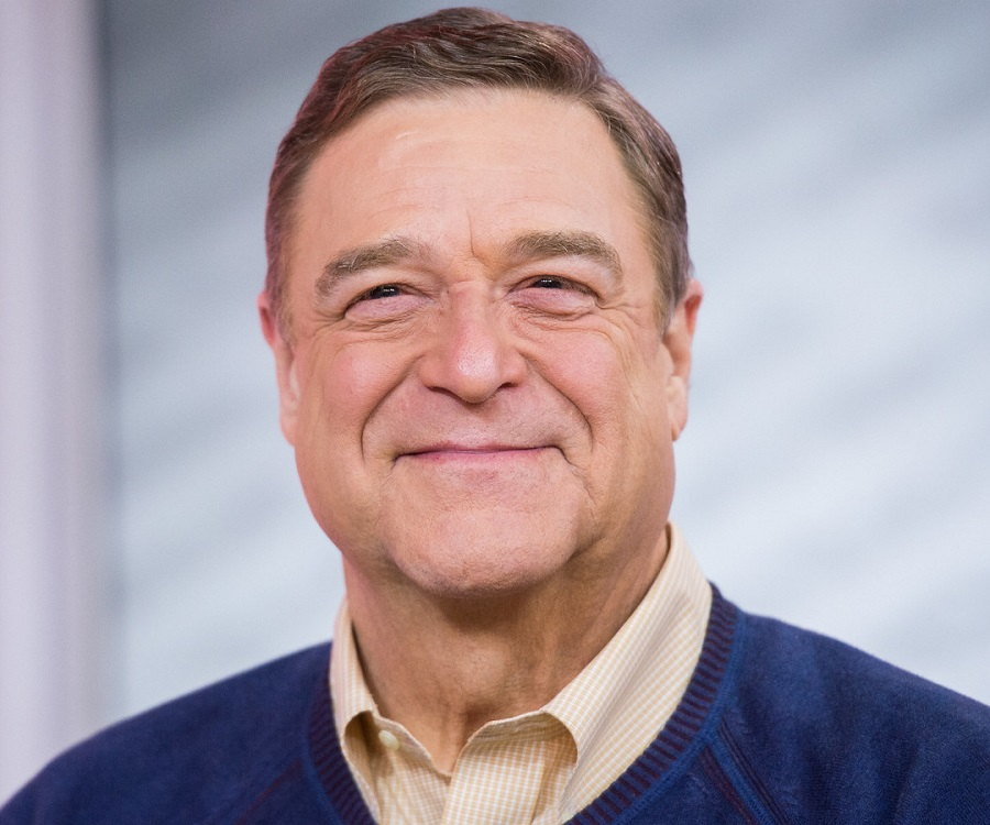 John Goodman Biography - Childhood, Life Achievements & Timeline