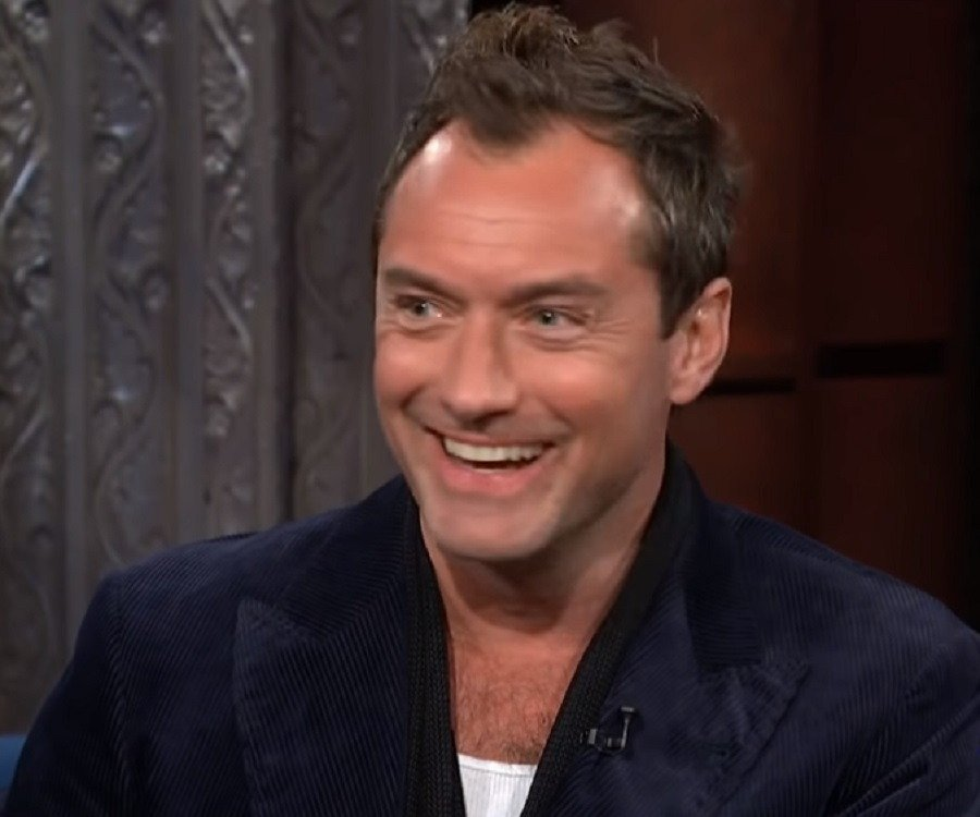 Jude Law Biography - F...