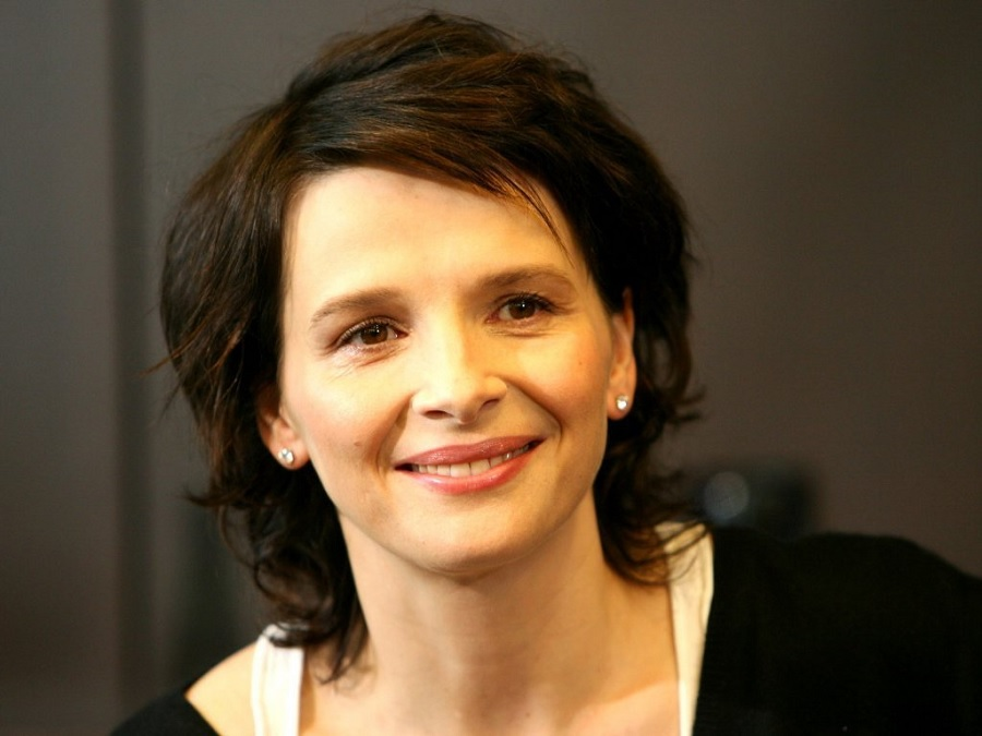 source Famous People: Juliette Binoche