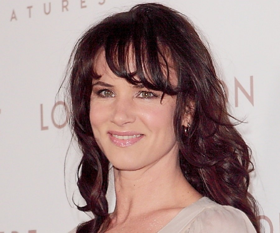Juliette Lewis Biography - Facts, Childhood, Family & Achievements ...