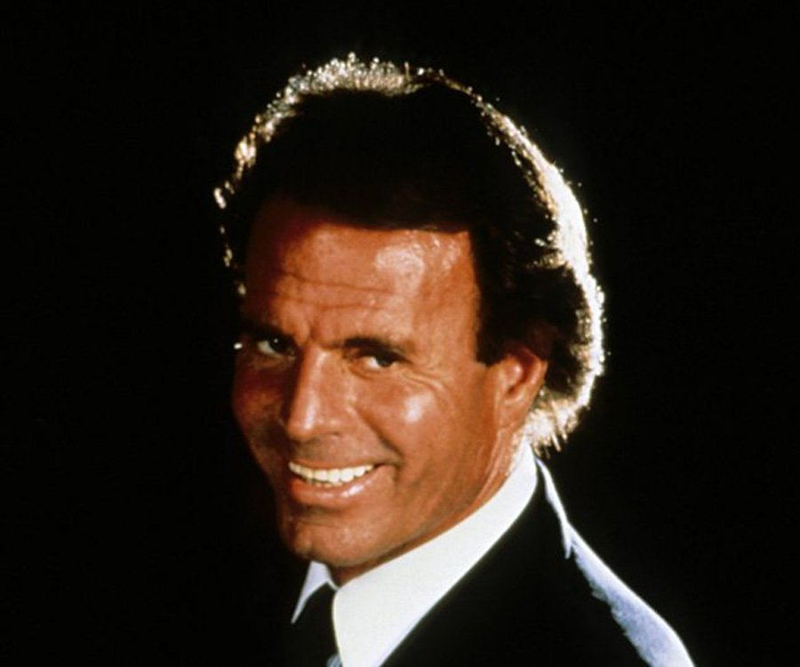 julio iglesias biography facts childhood family life