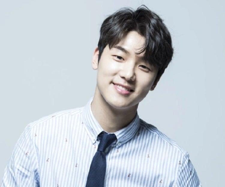 Kang Min Hyuk Biography Facts Childhood Family Achievements Of
