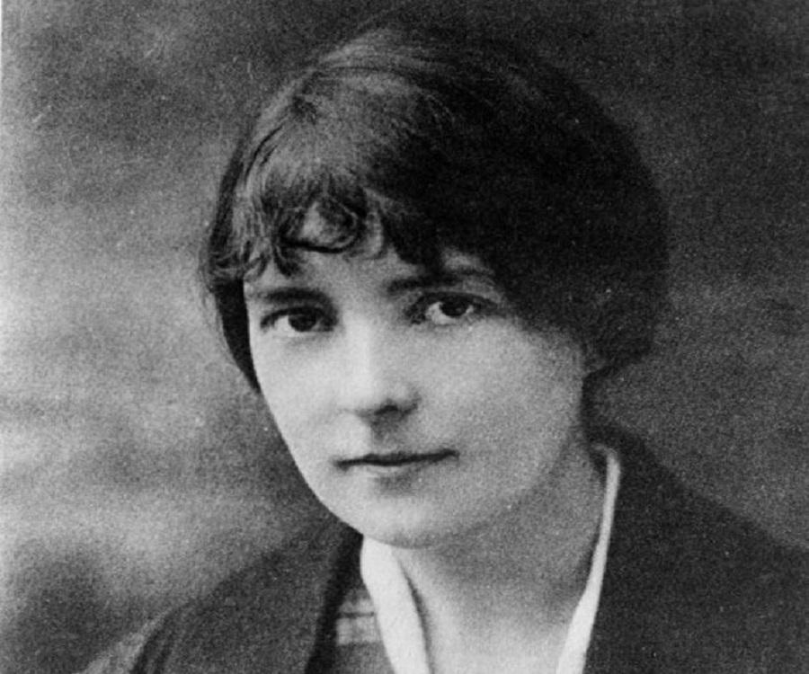 Childhood Life Achievements: Katherine Mansfield Biography
