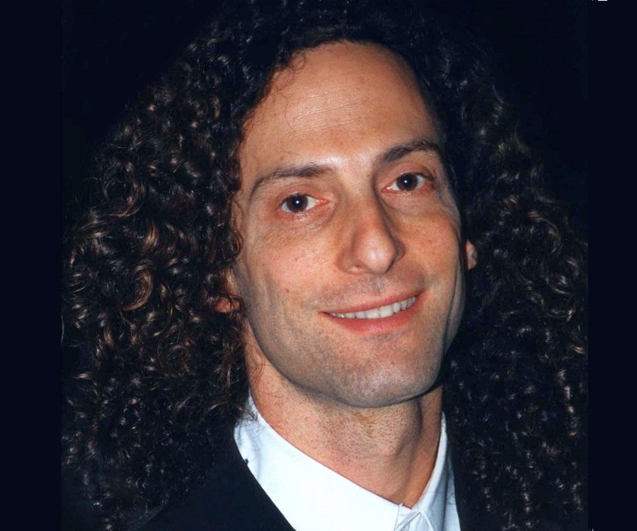 Kenny G Biography - Childhood, Life Achievements & Timeline