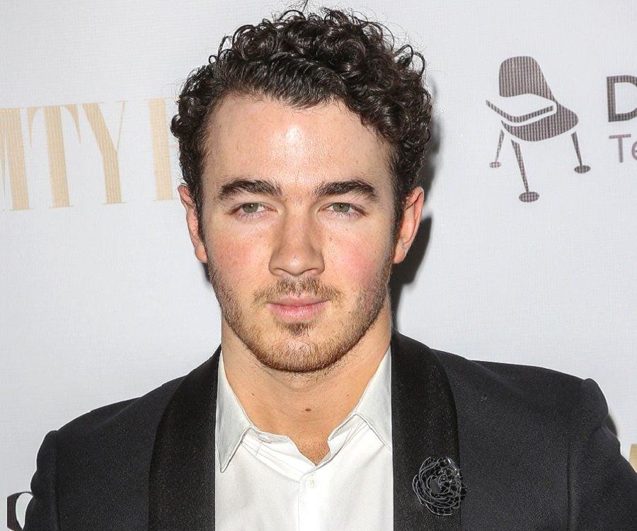 Nick Jonas Talks Mental Health, Benefits Of Therapy   The Fix