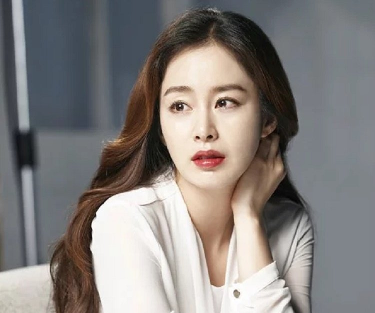 Kim Tae Hee Biography