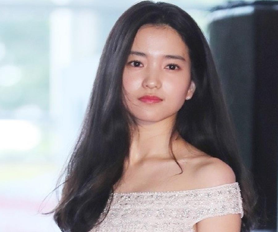 Kim Tae-ri nude 882