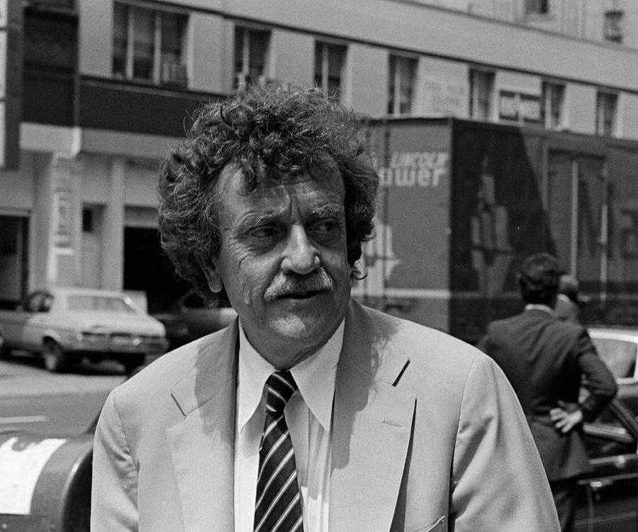 a biography of kurt vonnegut 17 books based on 68 votes: slaughterhouse-five by kurt vonnegut, cat's cradle by kurt vonnegut, breakfast of champions by kurt vonnegut, mother night by.