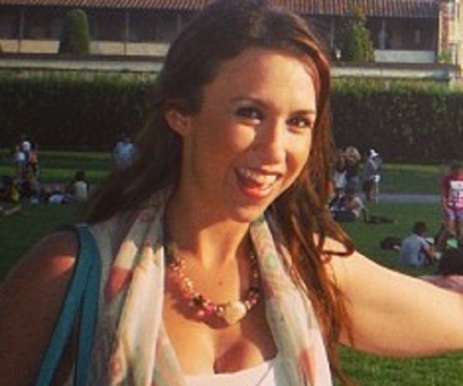 Lacey Chabert Biography Facts Childhood Family Life Achievements Of Singer Actress