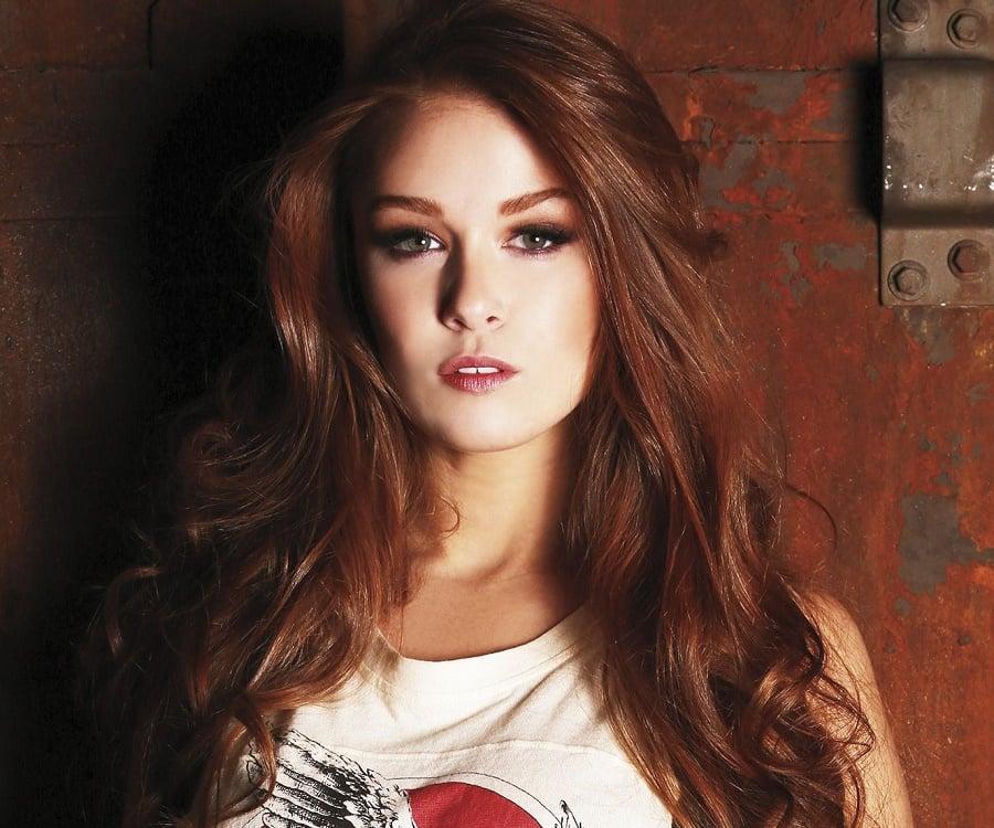 Leanna Decker - Bio, Facts, Family Life of Model