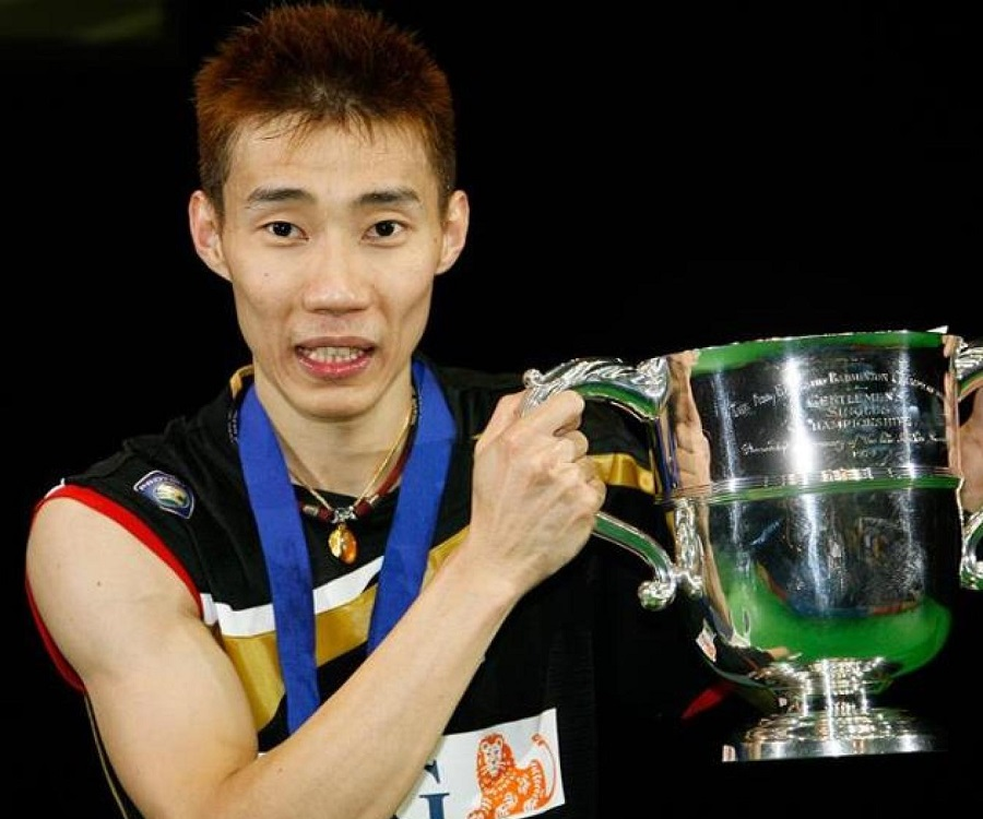 essays about datuk lee chong wei Twenty-seven year-old datuk lee chong wei is considered a national hero in malaysian sports, having won the silver medal in the 2008 summer olympic games in beijing and ending malaysia's olympic drought since 1996 the world number one ranked badminton player who has won many international .