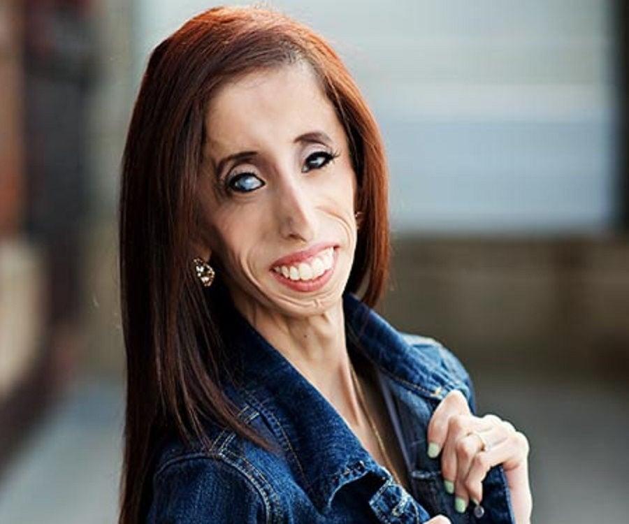 Lizzie Velásquez - Bio, Facts, Family Life of Motivational ...  Lizzie Velásqu...