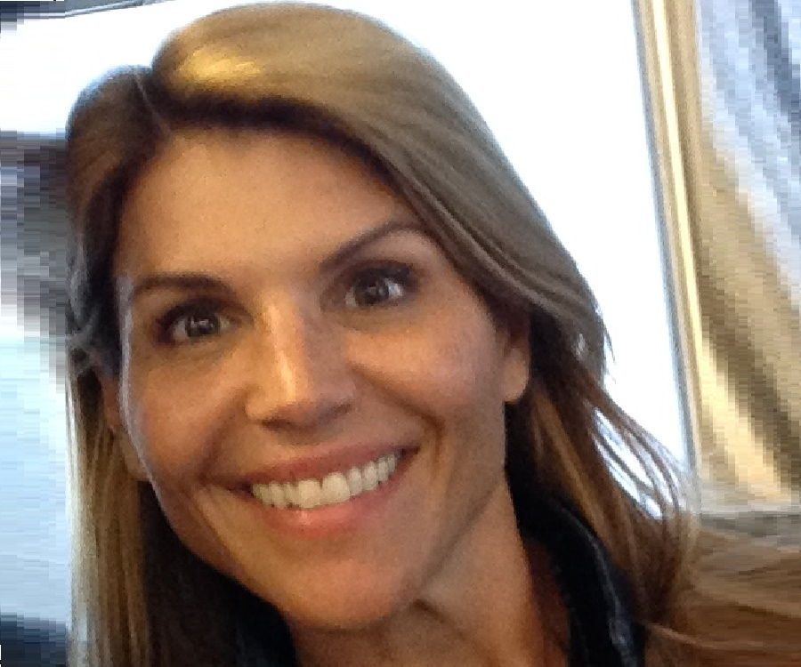 lori loughlin - photo #15