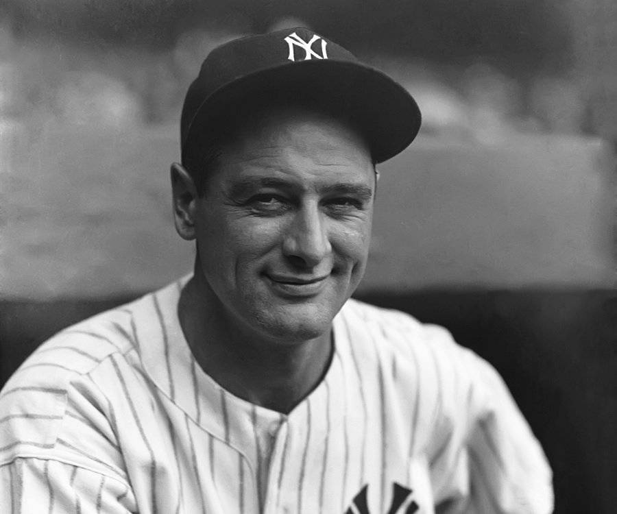 a biography of lou gehrig an american baseball player Lou gehrig, in full henry louis gehrig, original name ludwig heinrich gehrig, byname the iron horse, (born june 19, 1903, new york, new york, us—died june 2, 1941, new york city), one of the most durable players in american professional baseball and one of its great hitters from june 1, 1925, to may 2, 1939.