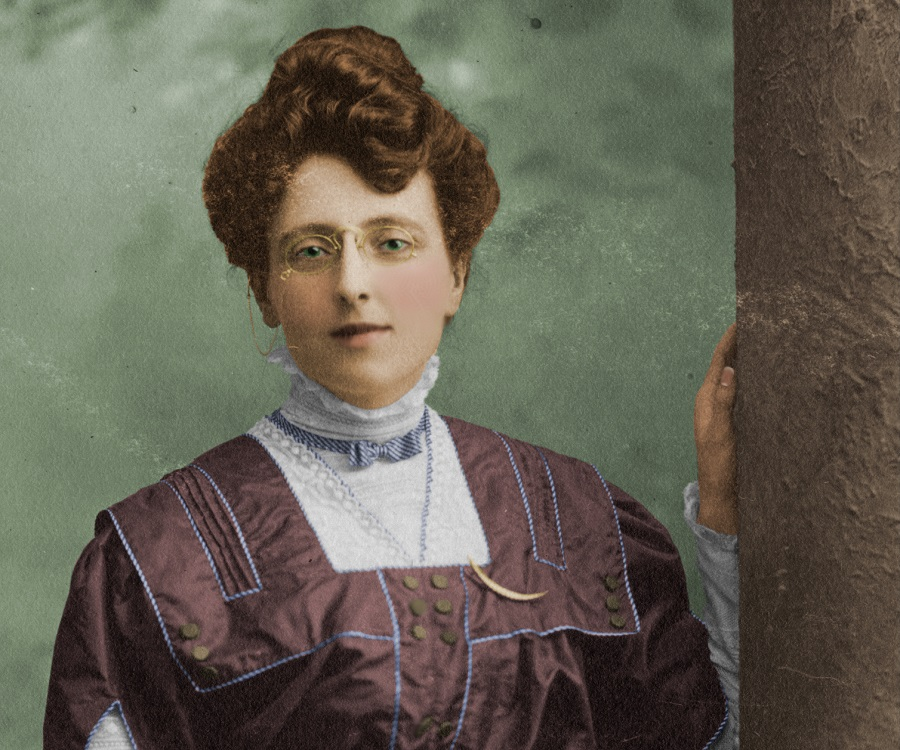 Childhood Life Achievements: Lucy Maud Montgomery Biography