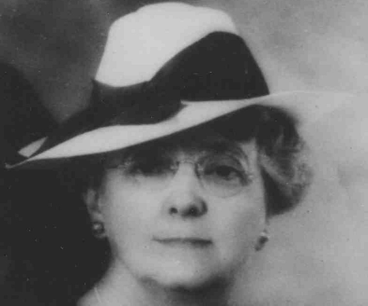 The life and prolific writing career of lucy maud montgomery
