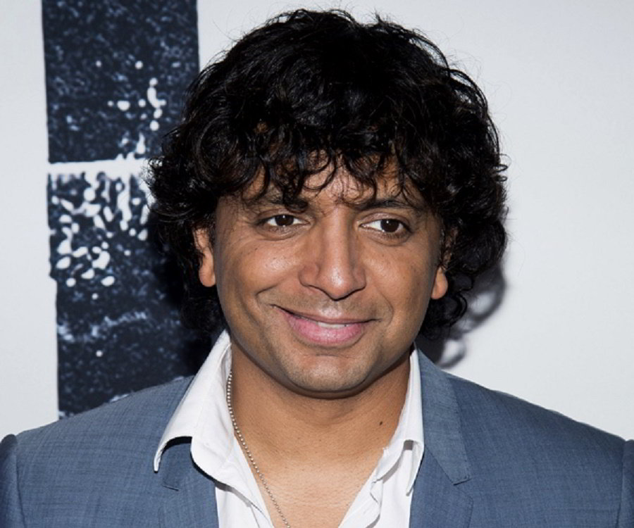 M Night Shyamalan Biography - Facts, Childhood, Family Life