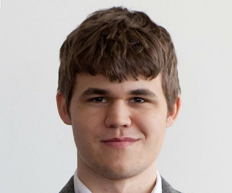 Magnus Carlsen Biography Childhood Life Achievements