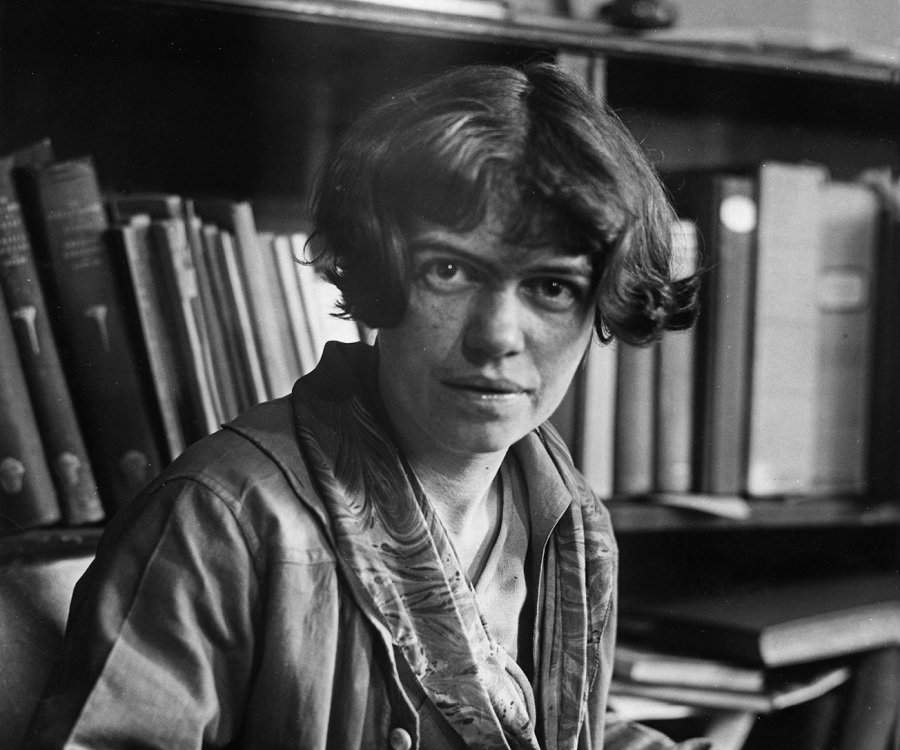 margaret mead biography Margaret mead selection from coming of age in samoa 1928 the most obvious function performed by social scientists in modern america has been a.