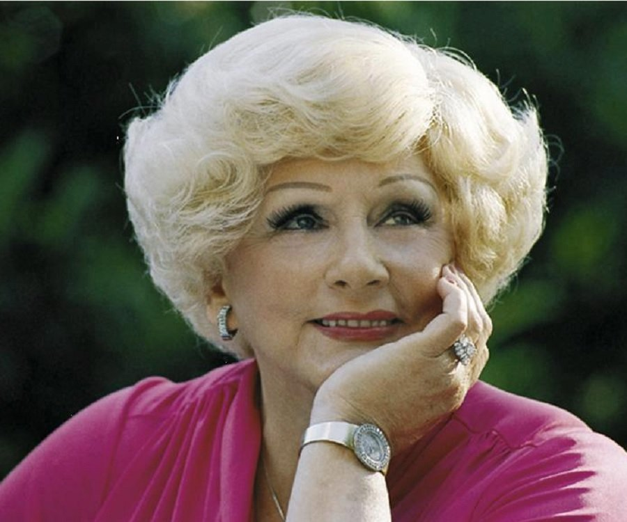 mary kay ash Mary kay ash (may 12, 1918 - november 22, 2001) was an american businesswoman, entrepreneur, and founder of mary kay cosmetics, inc having encountered discrimination.