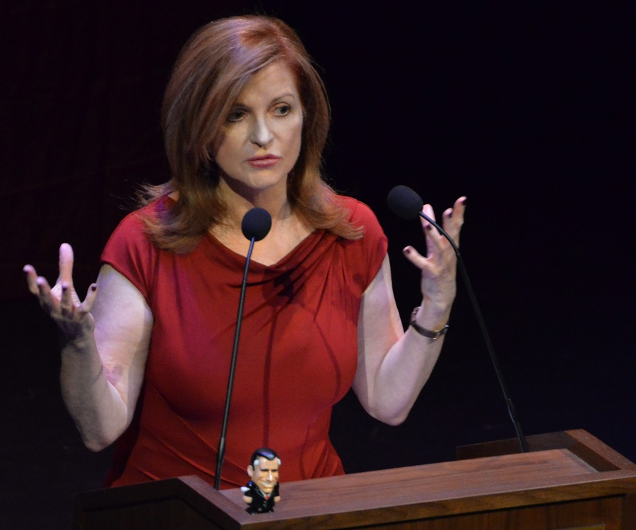 Maureen Dowd Biography Childhood Life Achievements