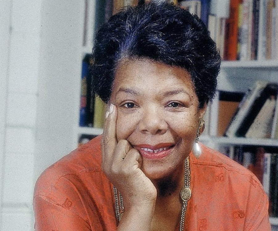 Maya Angelou Biography - Childhood, Life Achievements & Timeline
