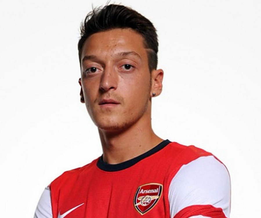 Mesut Ozil Biography - Facts, Childhood, Family Life