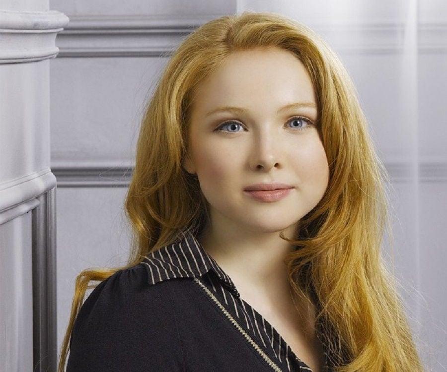 molly quinn bio facts family life of actress