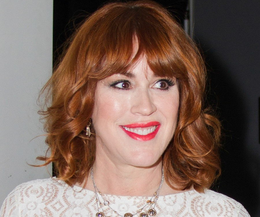Molly Ringwald Biography - Childhood, Life Achievements & Timeline