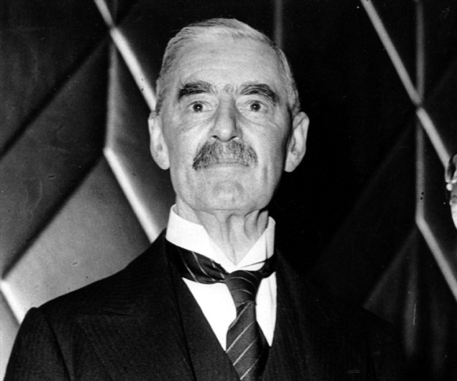 a biography of neville chamberlain Neville was born in edgbaston, in birmingham his father was joseph chamberlain, an important politician  neville chamberlain: a biography ashgate, 2006.