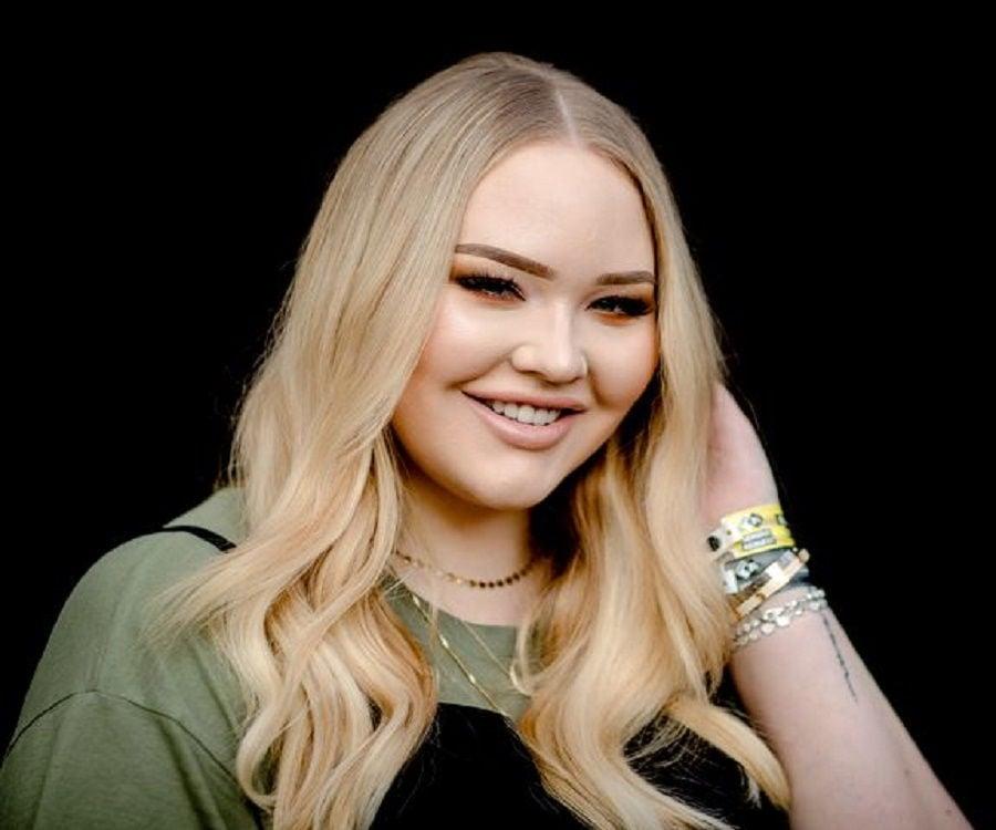 Nikkie De Jager - Bio, Facts, Family Life of Dutch Makeup ...