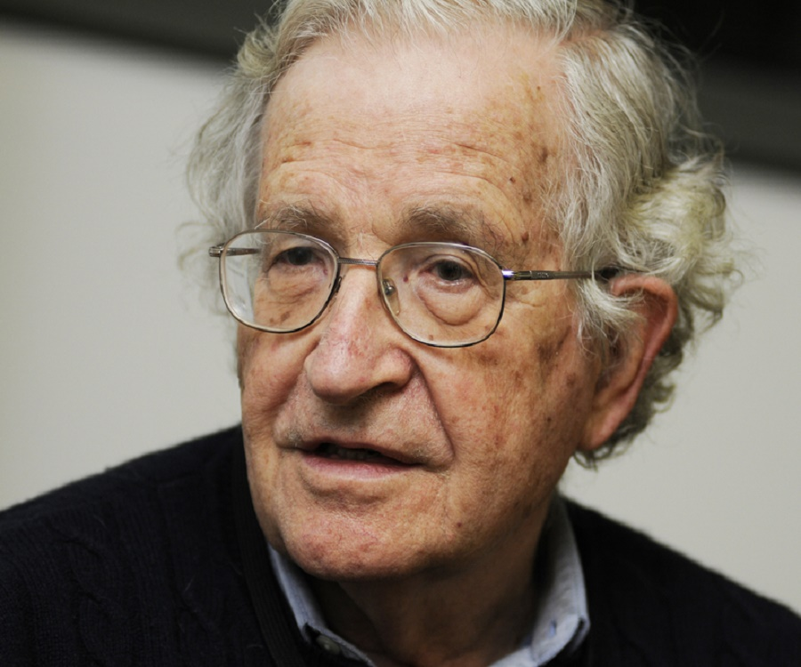 Noam Chomsky Biography
