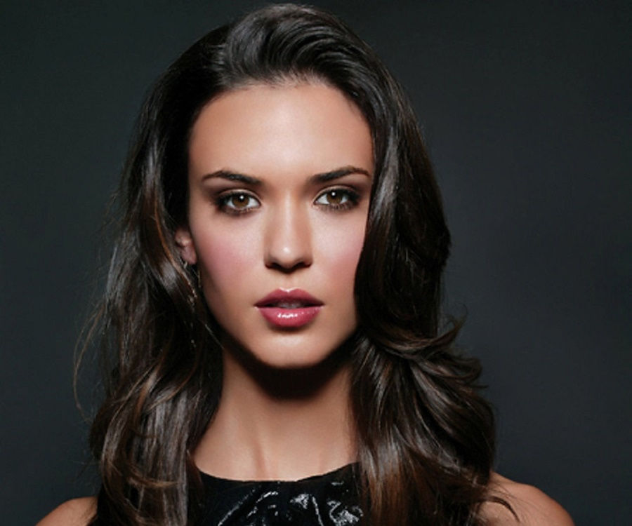 Odette Annable - Bio, Facts, Family Life of Actress