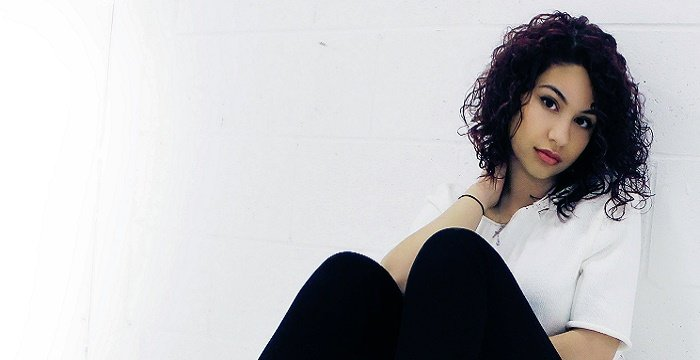 Alessia Cara - Bio, Facts, Family Life of Canadian Singer