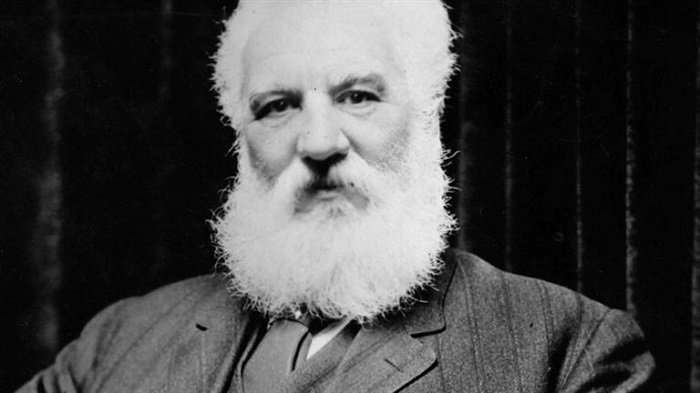 An essay on the life and accomplishments of alexander graham bell